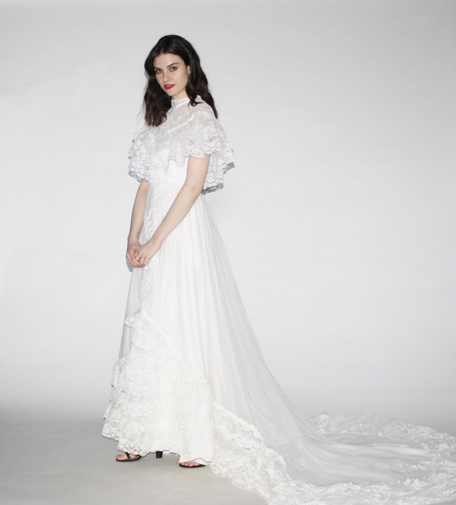 Vintage White Lace Cathedral Train Edwardian Style Boho Alfred Angelo Wedding dress