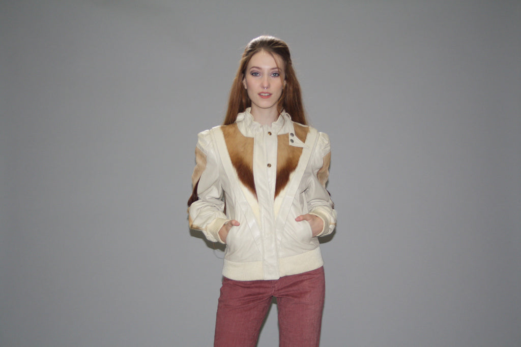 1980s Vintage Ivory Genuine Leather Jacket With Antelope Fur Detailing