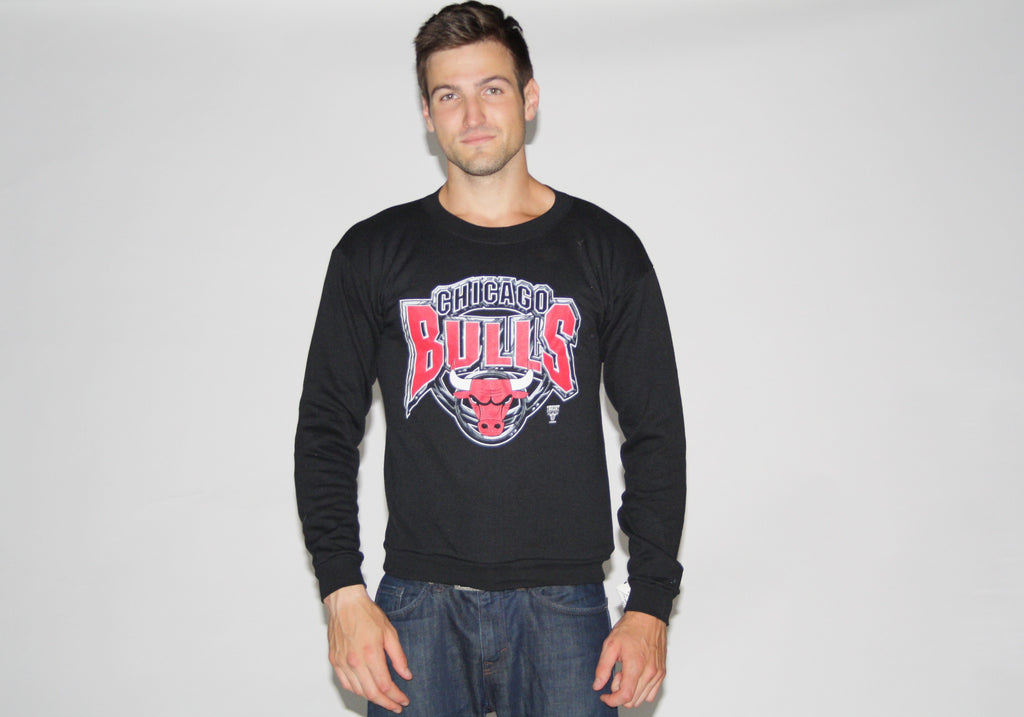 1990s Vintage Chicago Bulls Black NBA Logo 7 Sweatshirt