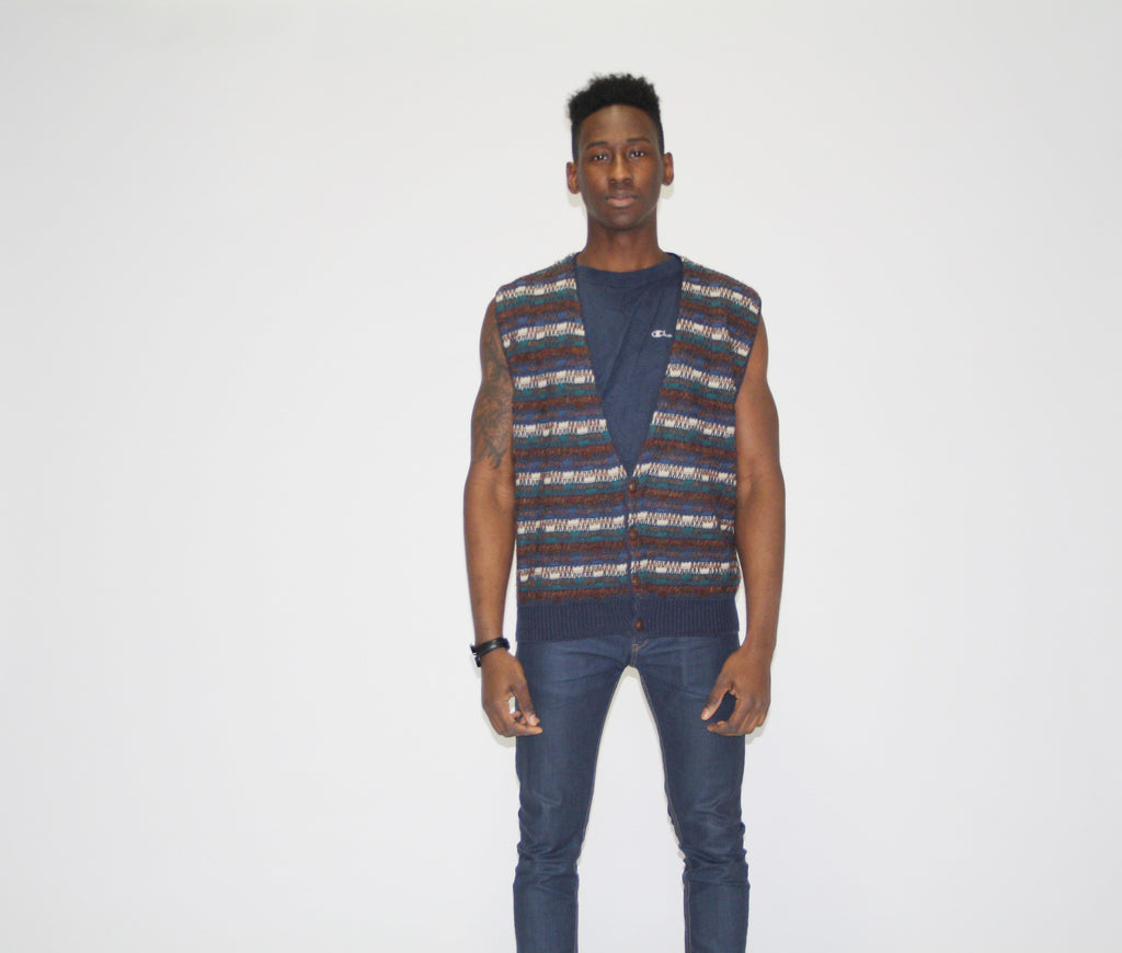 1990s Vintage Graphic Cosby Coogi Style Sweater Vest