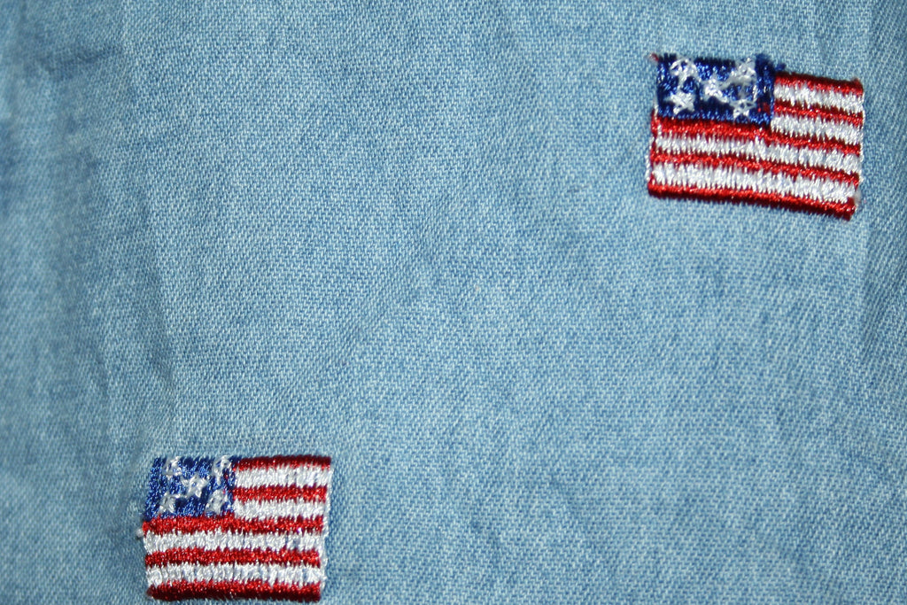 Vintage 1980s American Flag Embroidered Denim Jean Button Up Shirt