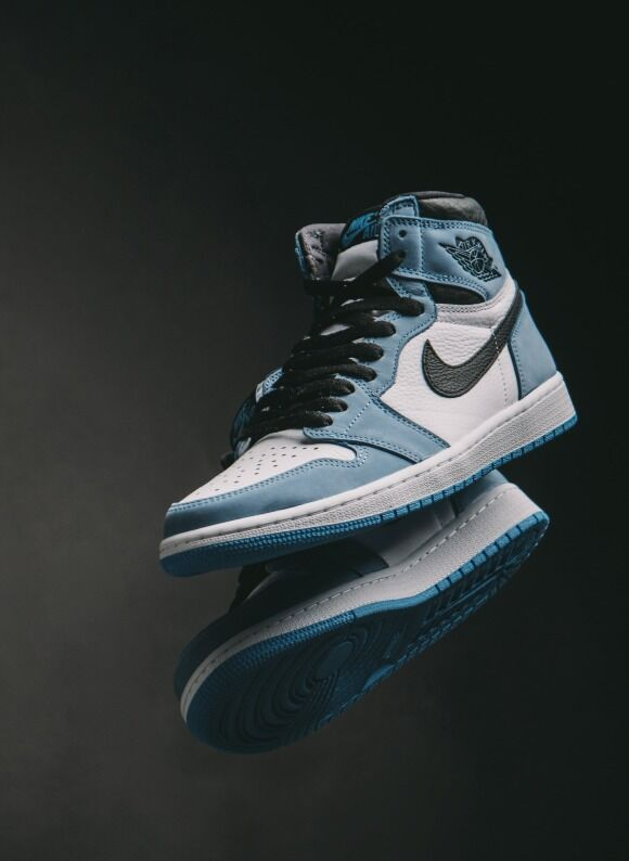 Jordan 1 Retro High OG White / Black - University Blue - march 2 (12 pm)