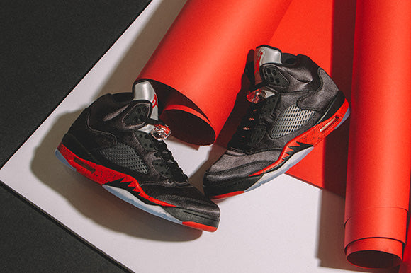 Jordan 5 Retro Black / University Red