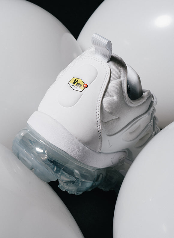 Nike Air Vapormax Plus / White