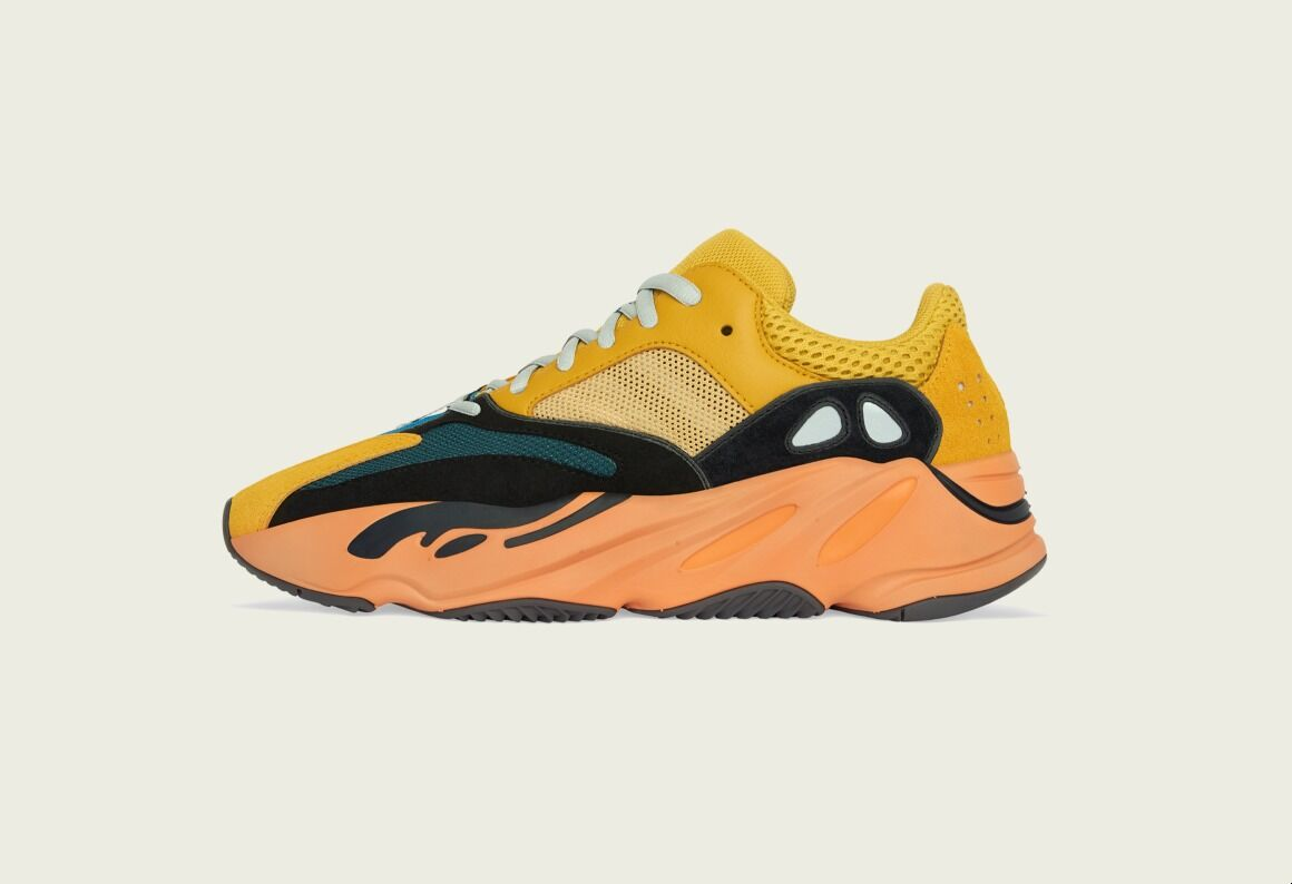 yeezy 700 sun - Jan 21 (12pm)