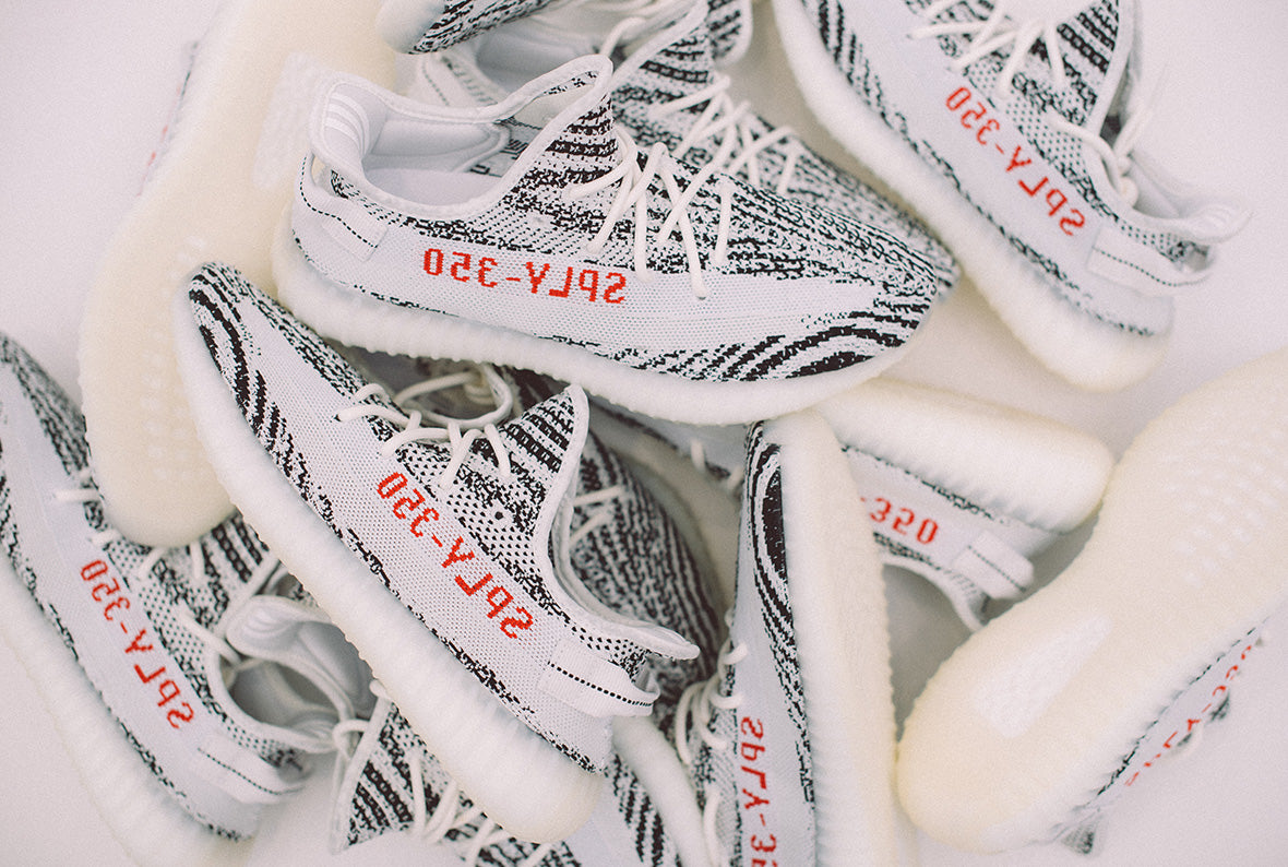 adidas Originals Yeezy Boost 350 V2 Zebra White / Core Black