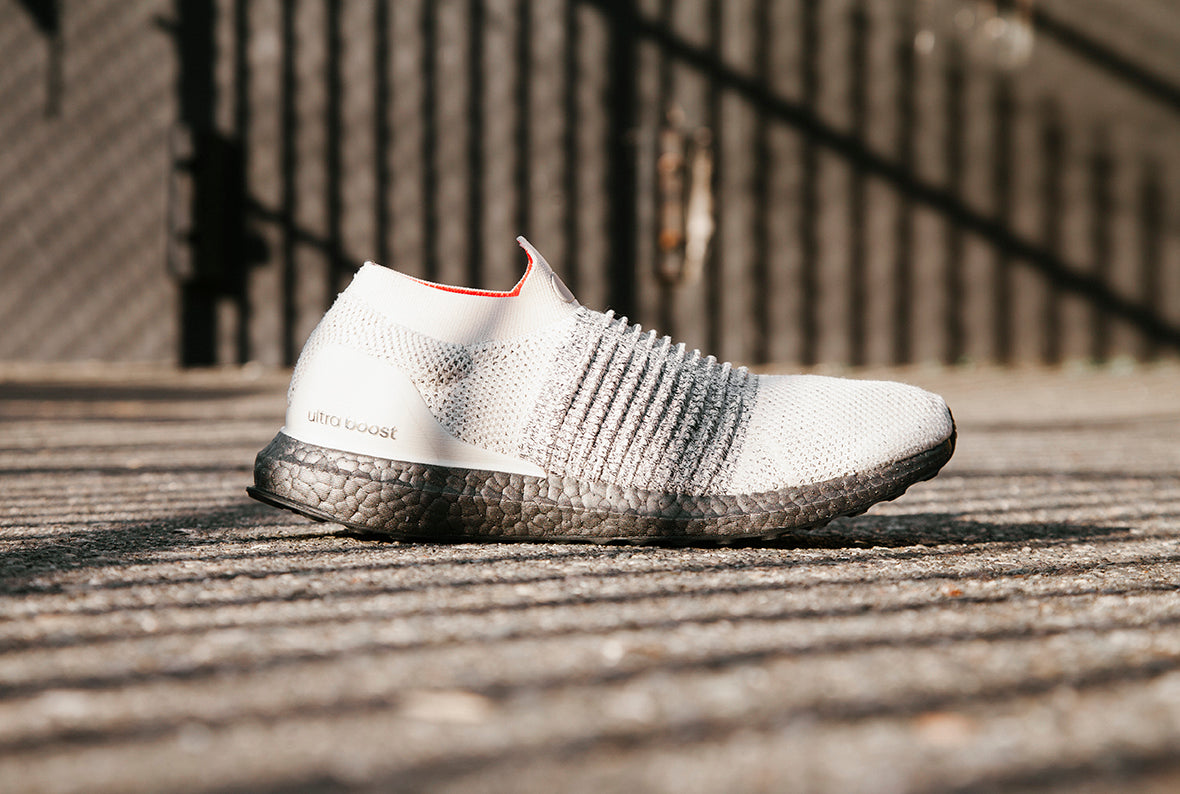 adidas Ultraboost Laceless / Clear Brown