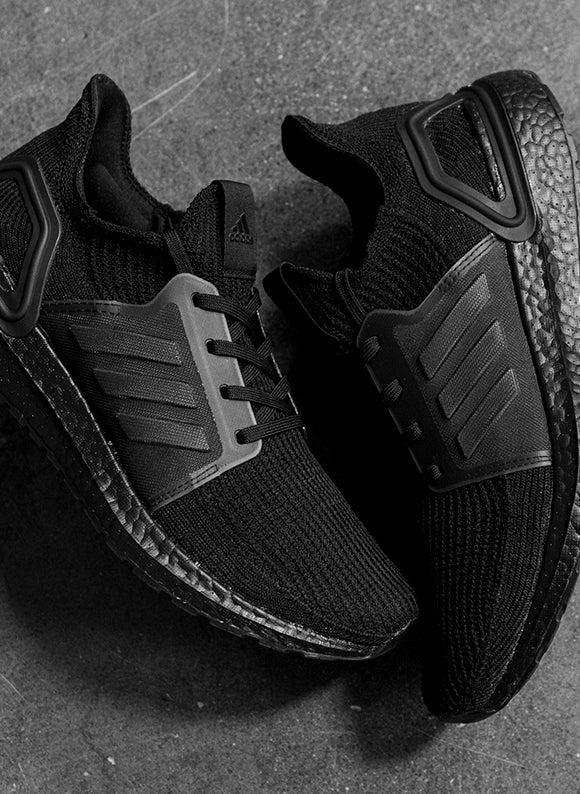 adidas Ultraboost 19 / Core Black