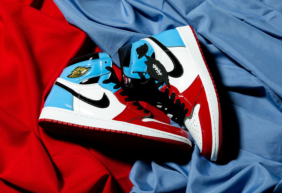 Jordan 1 Retro High OG Fearless White / Black - University Blue