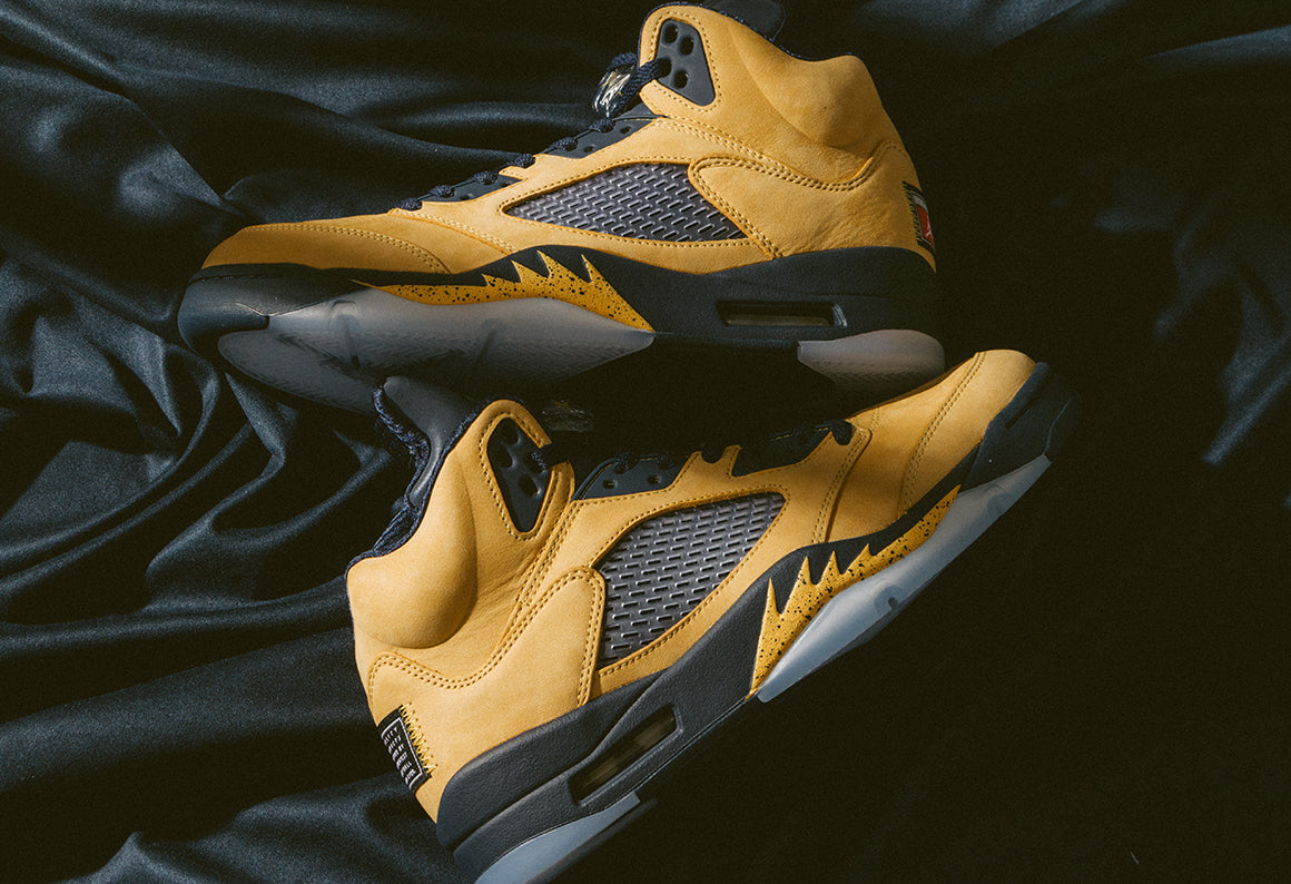 Jordan 5 Retro SP Amarillo / College Navy