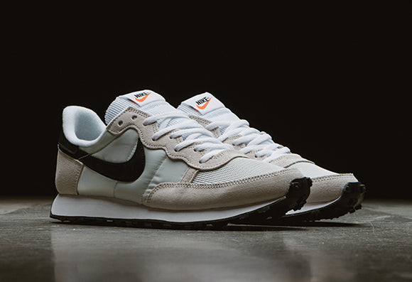 Nike Challenger OG / Light Bone
