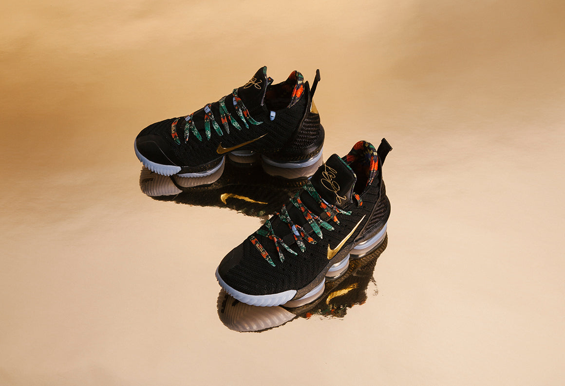 Nike Lebron XVI KC Black / Metallic Gold