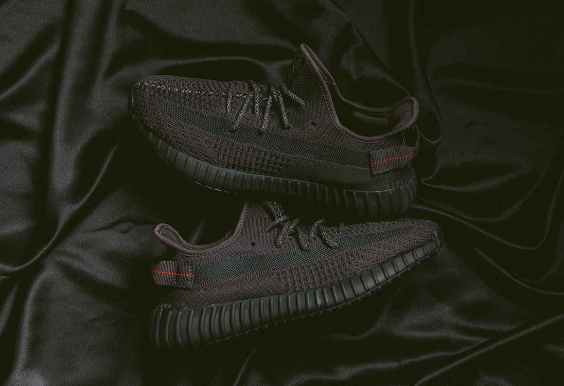 adidas Originals Yeezy Boost 350 V2 / Black (FU9006)