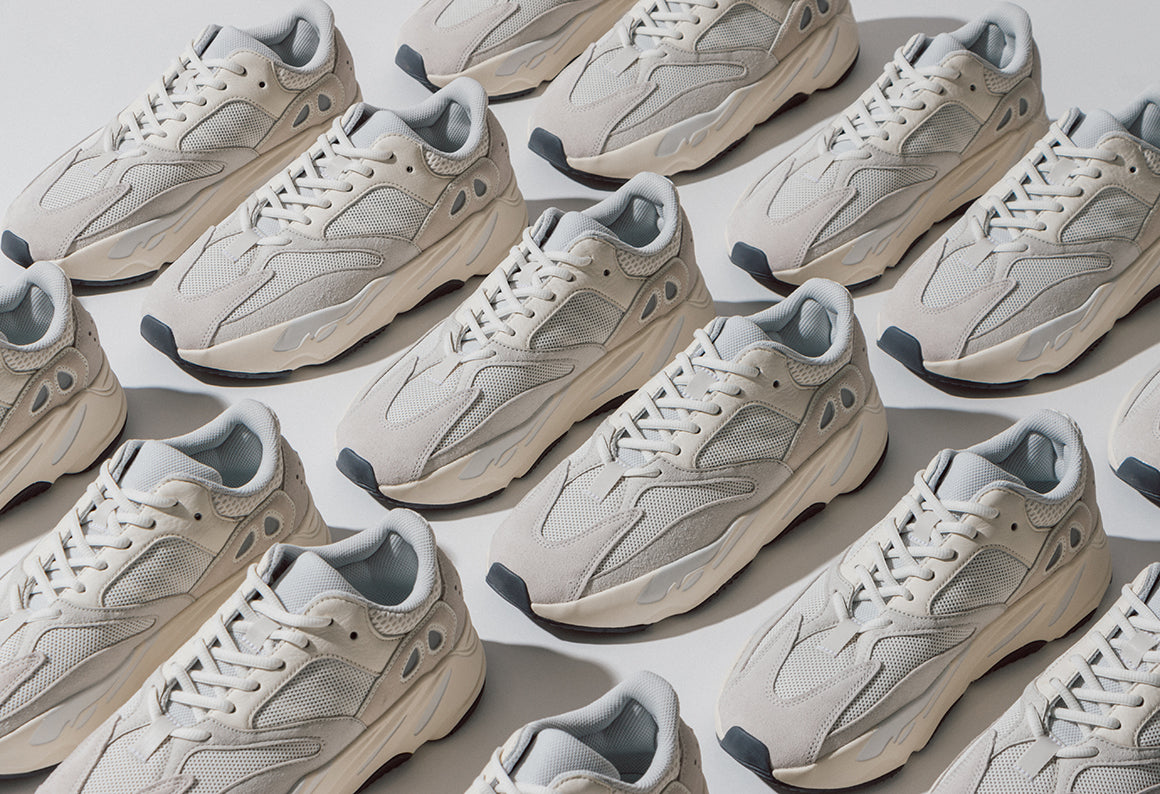 buy online ec129 bd896 adidas Originals Yeezy Boost 700   Analog (EG7596)