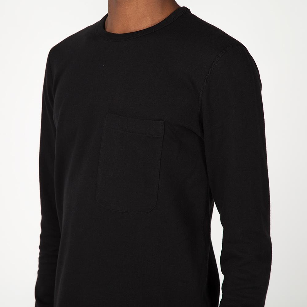 style code 1027LTEF17BLK. {ie LONG SLEEVE POCKET T-SHIRT / BLACK