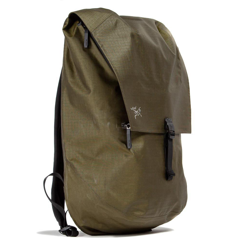 18096-S19 Arc'teryx Granville 20 Backpack / Bushwack