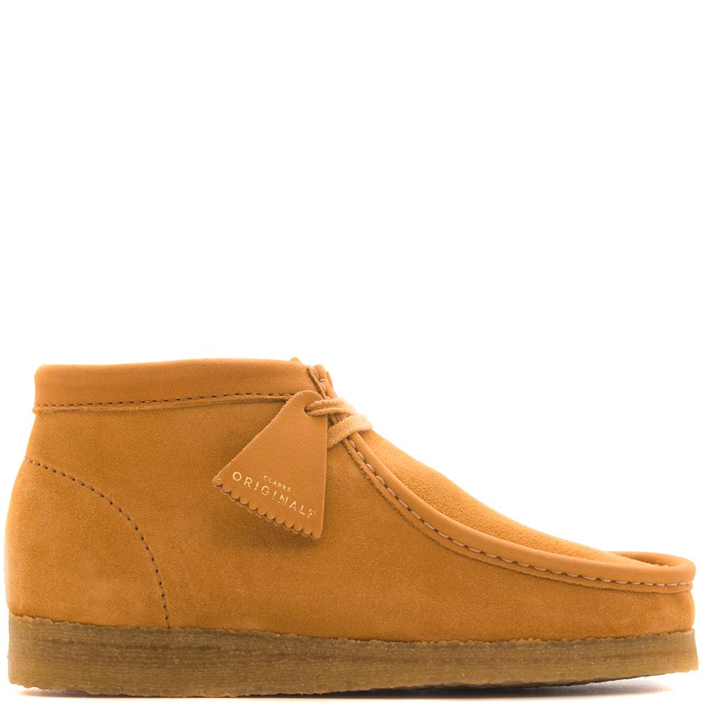 Style code 26134612. Clarks Wallabee Boot Made in Italy / Orange
