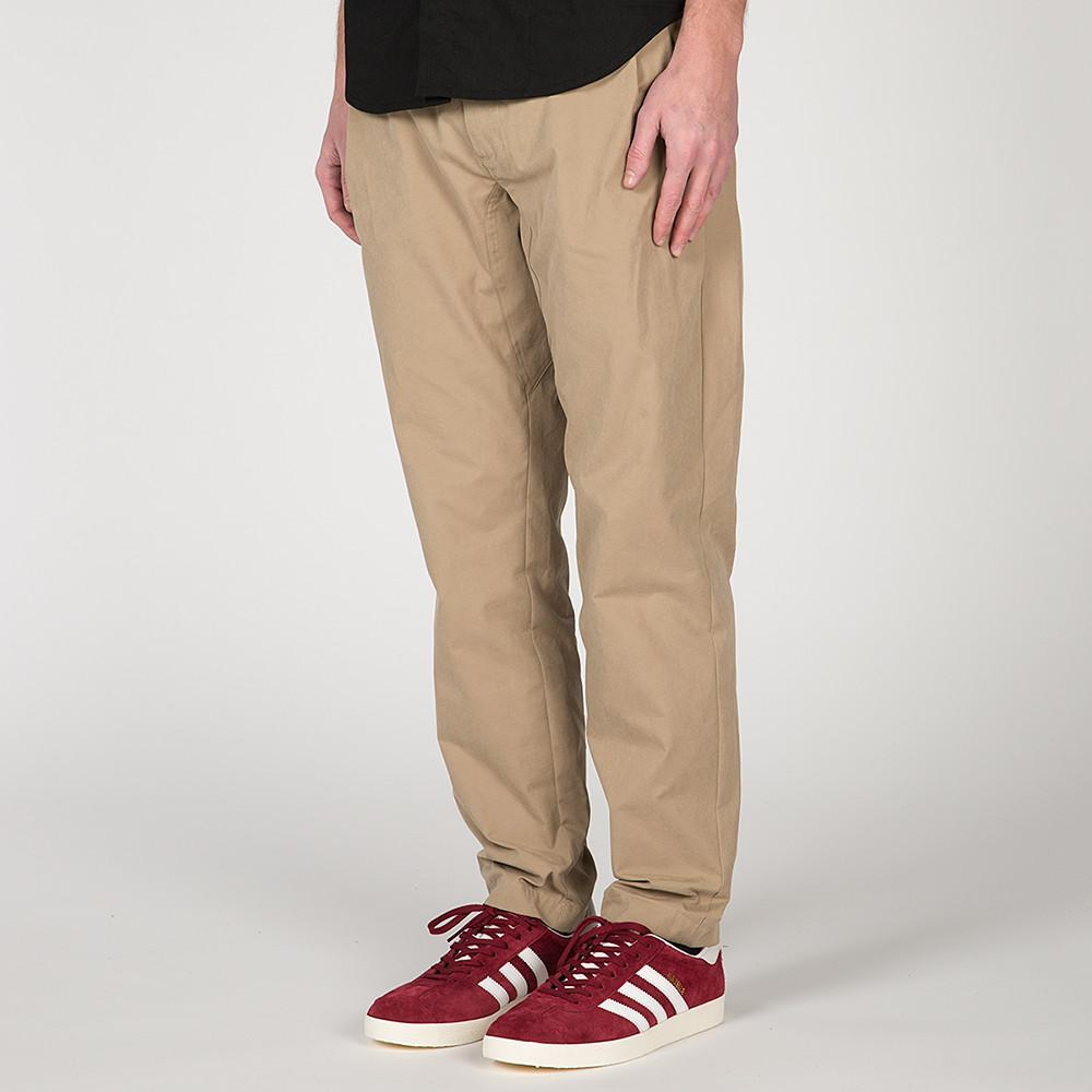 {ie LEISURE PANT / SAND