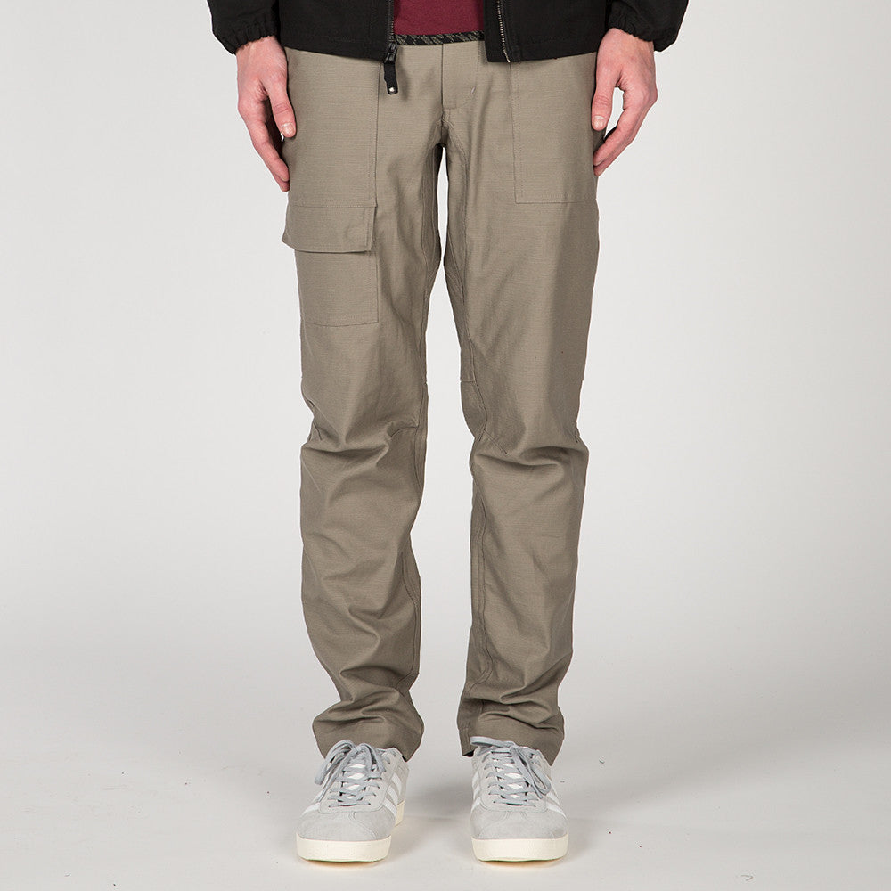 {ie FATIGUE PANT / STONE