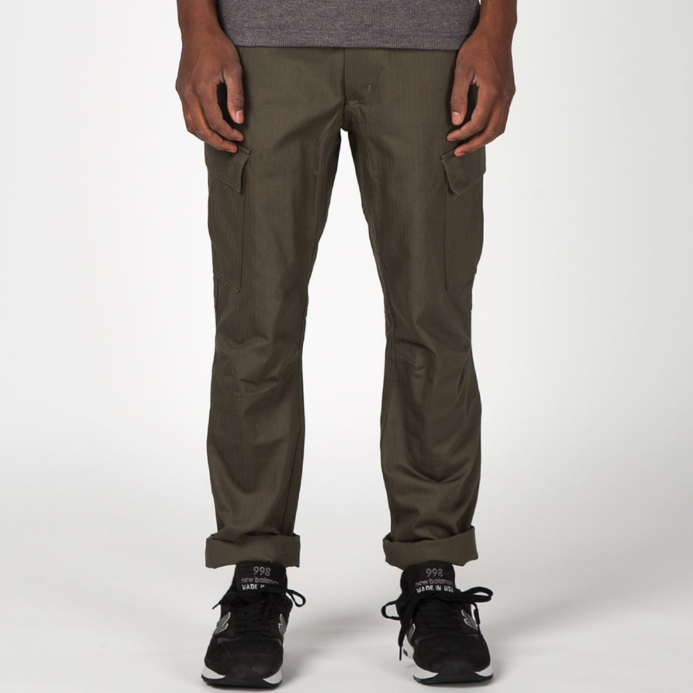 style code 3032CTF17OLV. {ie CARGO PANT / OLIVE