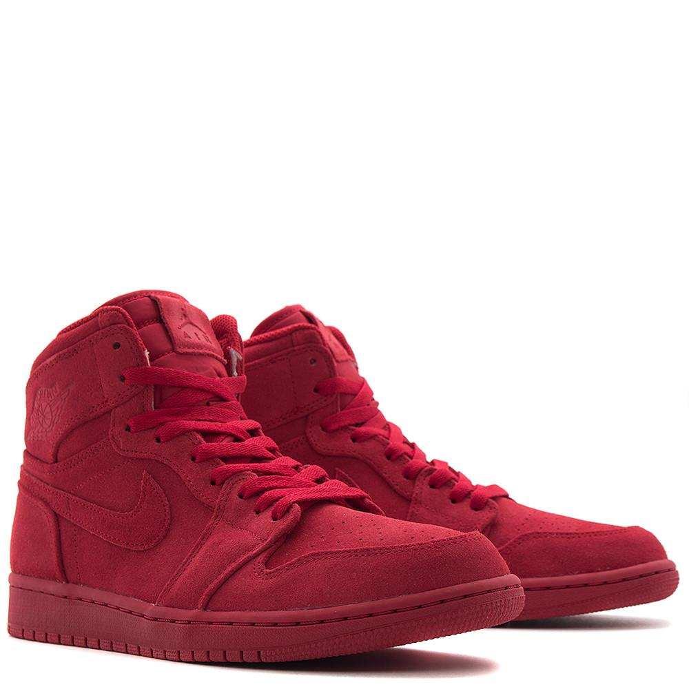 style code 332550603. JORDAN 1 RETRO HIGH RED SUEDE / GYM RED