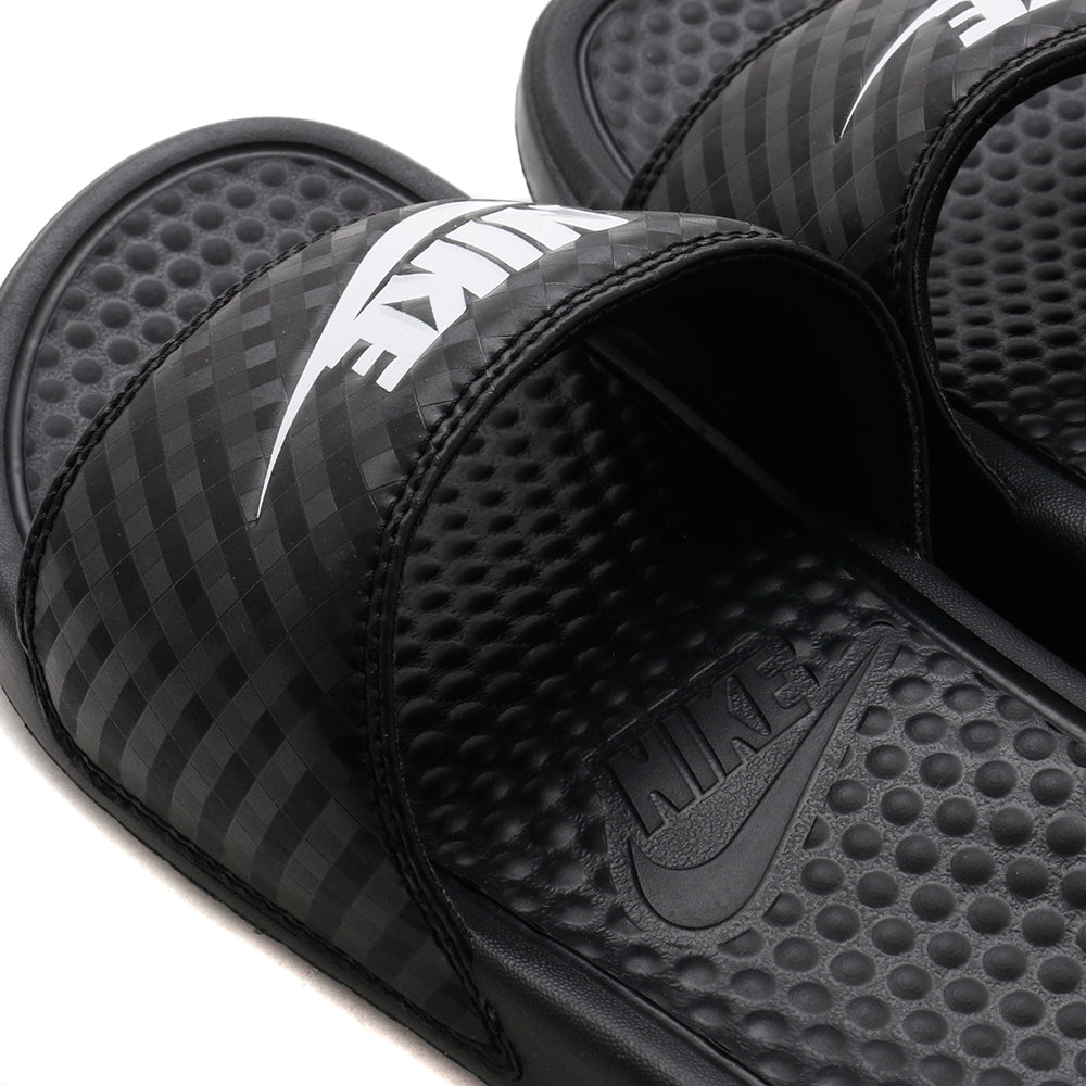343881011 Nike Women's Benassi Just Do It Sandal Black / White