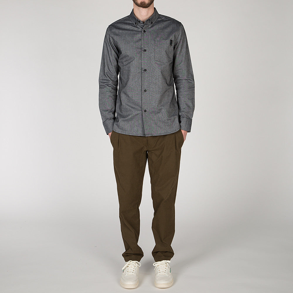 {ie PANEL SLEEVE OXFORD SHIRT BLACK / LT BLUE - Deadstock.ca