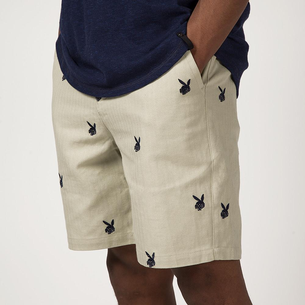 style code 48804BEG. FUCT SSDD DEATH BUNNY CHINO SHORTS / BEIGE