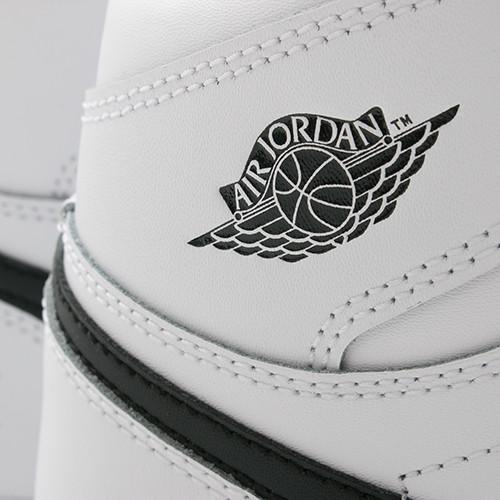 JORDAN 1 RETRO HIGH OG GS WHITE / BLACK - 5