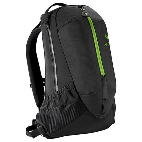 ARCTERYX ARRO 22 BAG BLACK / KHASI