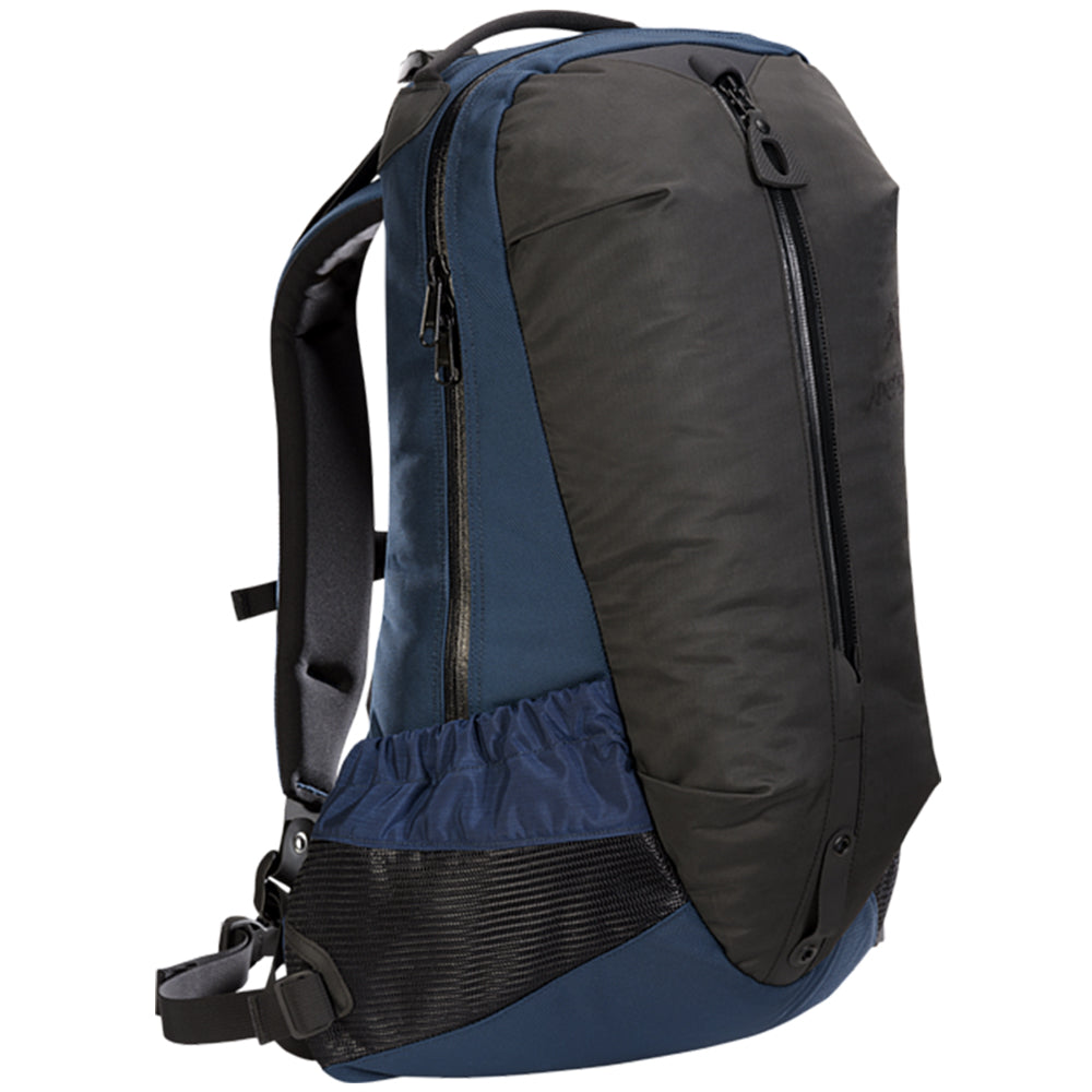 Style code 6029-FW18-NOC. Arc'teryx Arro Backpack / Nocturne
