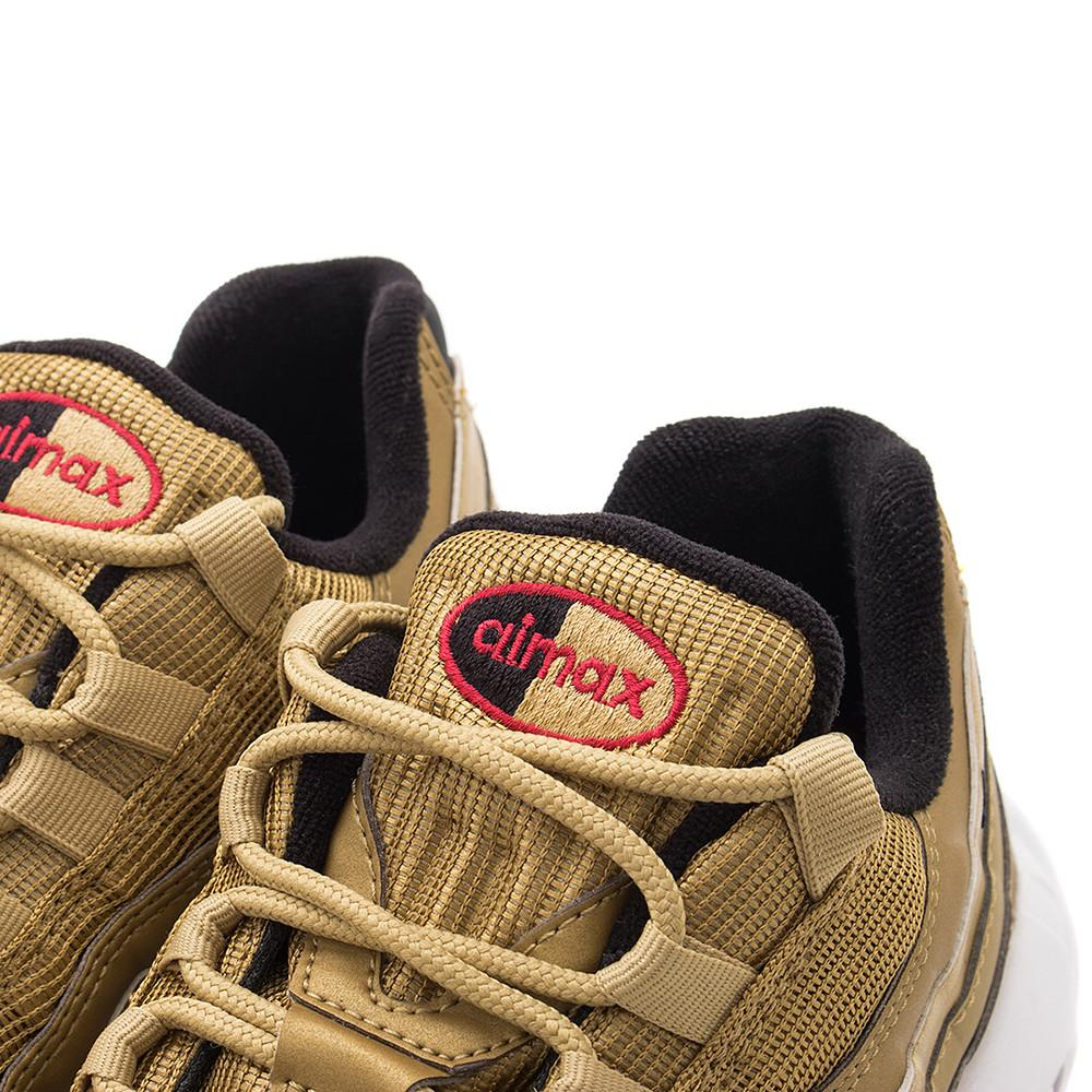 NIKE WOMEN'S AIR MAX 95 QS / METALLIC GOLD