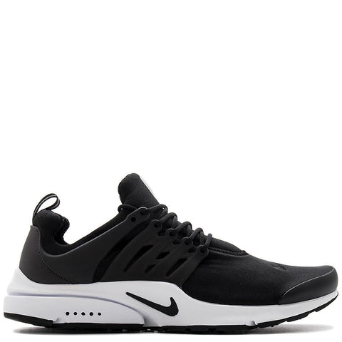 848187-009. NIKE AIR PRESTO ESSENTIAL / BLACK. Nike free-like outsole