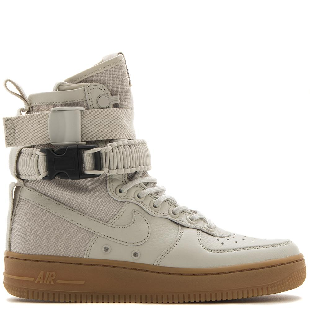 Style code 857872004. NIKE WOMEN'S SF AIR FORCE 1 / LIGHT BONE