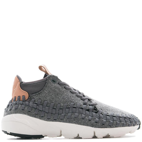 NIKE AIR FOOTSCAPE WOVEN CHUKKA SE/ DARK GREY . Style code: 857874-002