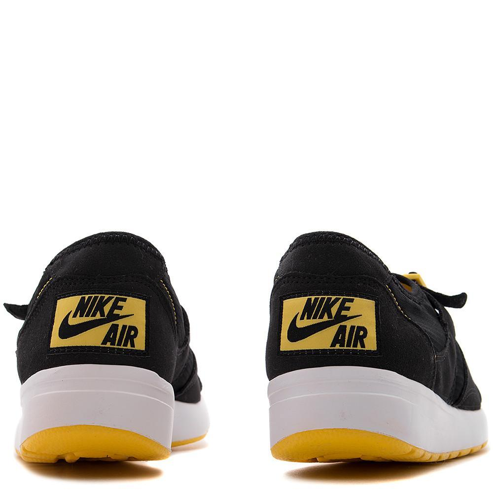 Nike air sock race OG QS black. Nike Free-like flex grooves in sole. two strap system, no laces. 875837-001