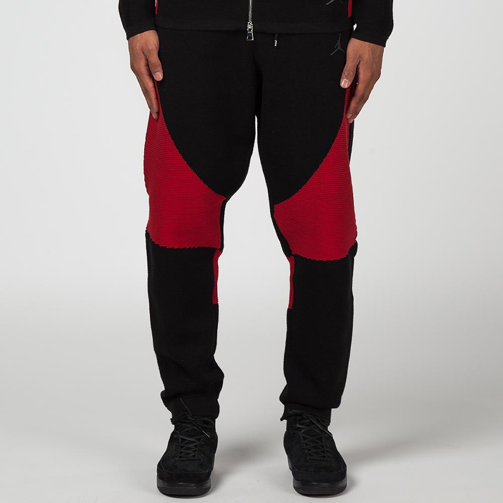 style code 891294013. JORDAN SPORTSWEAR FLIGHT KNIT PANTS / BLACK
