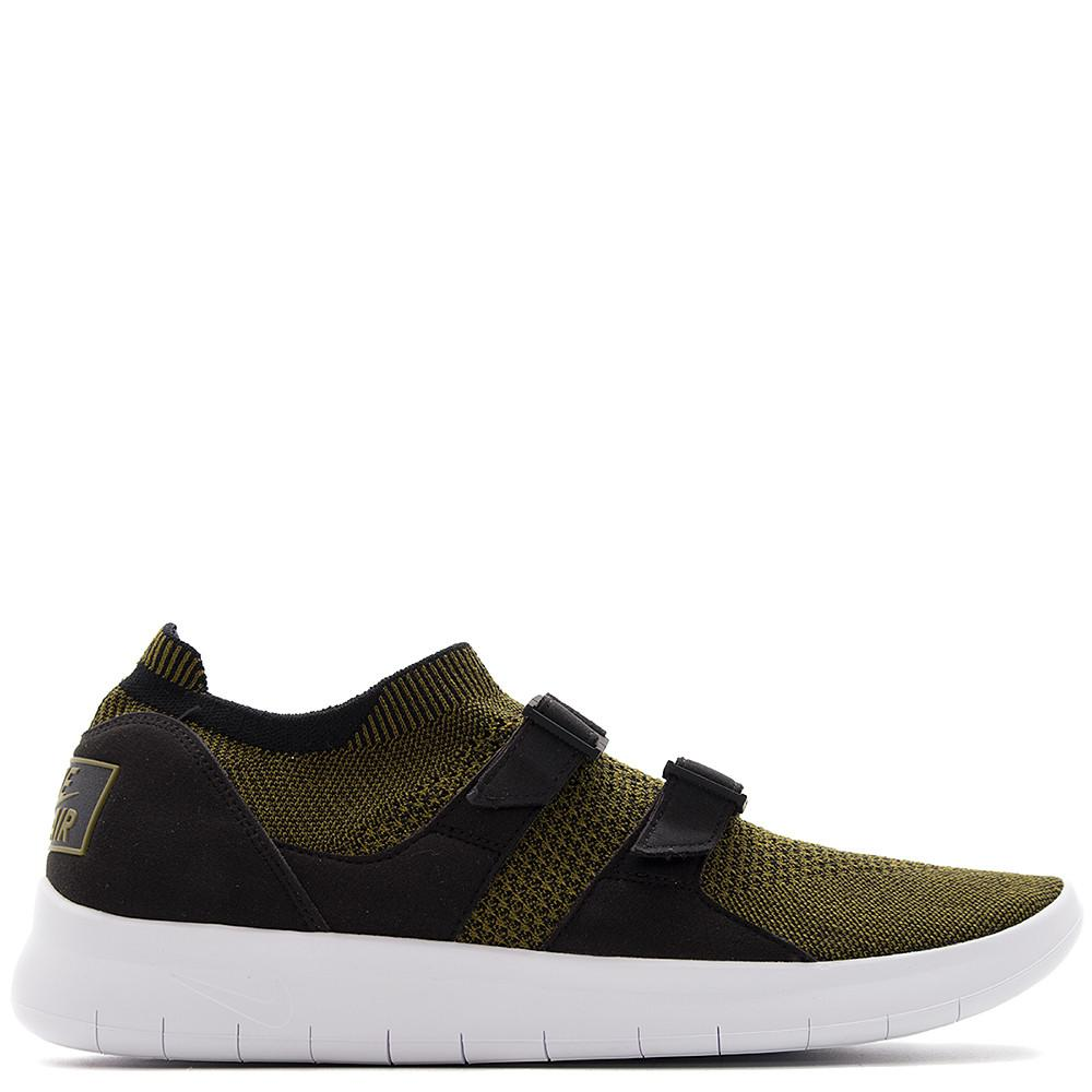 Nike air sock racer flyknit premium. rerelease from 1985. Nike free-like flex grooves in sole. two-strap system. black / olive