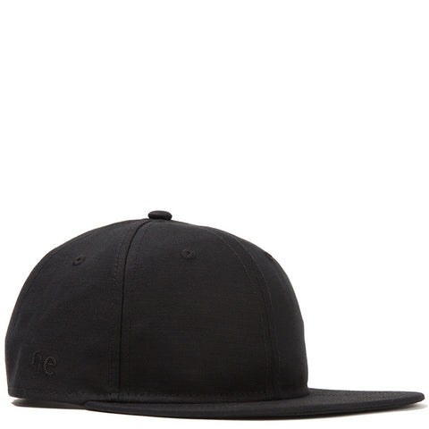 {ie FLAT BRIM 9TWENTY STRAP BACK / BLACK SATIN WEAVE