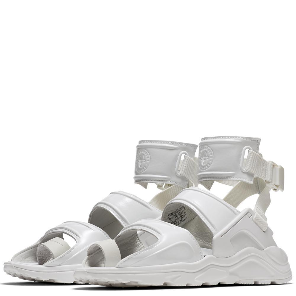 425f7f21ed28 NIKE WOMEN S AIR HUARACHE GLADIATOR QS   SUMMIT WHITE – Deadstock.ca