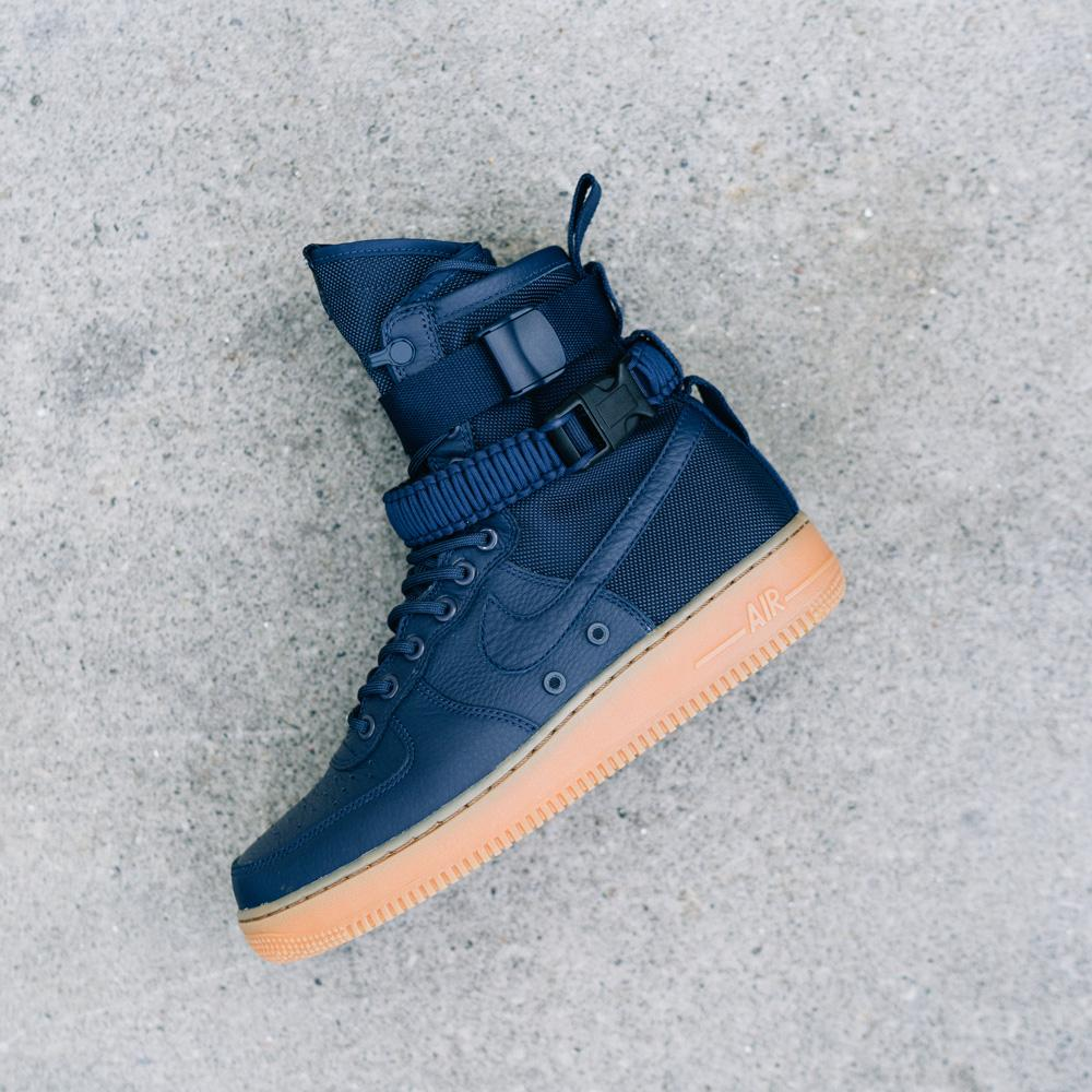 NIKE SF AIR FORCE 1 / MIDNIGHT NAVY