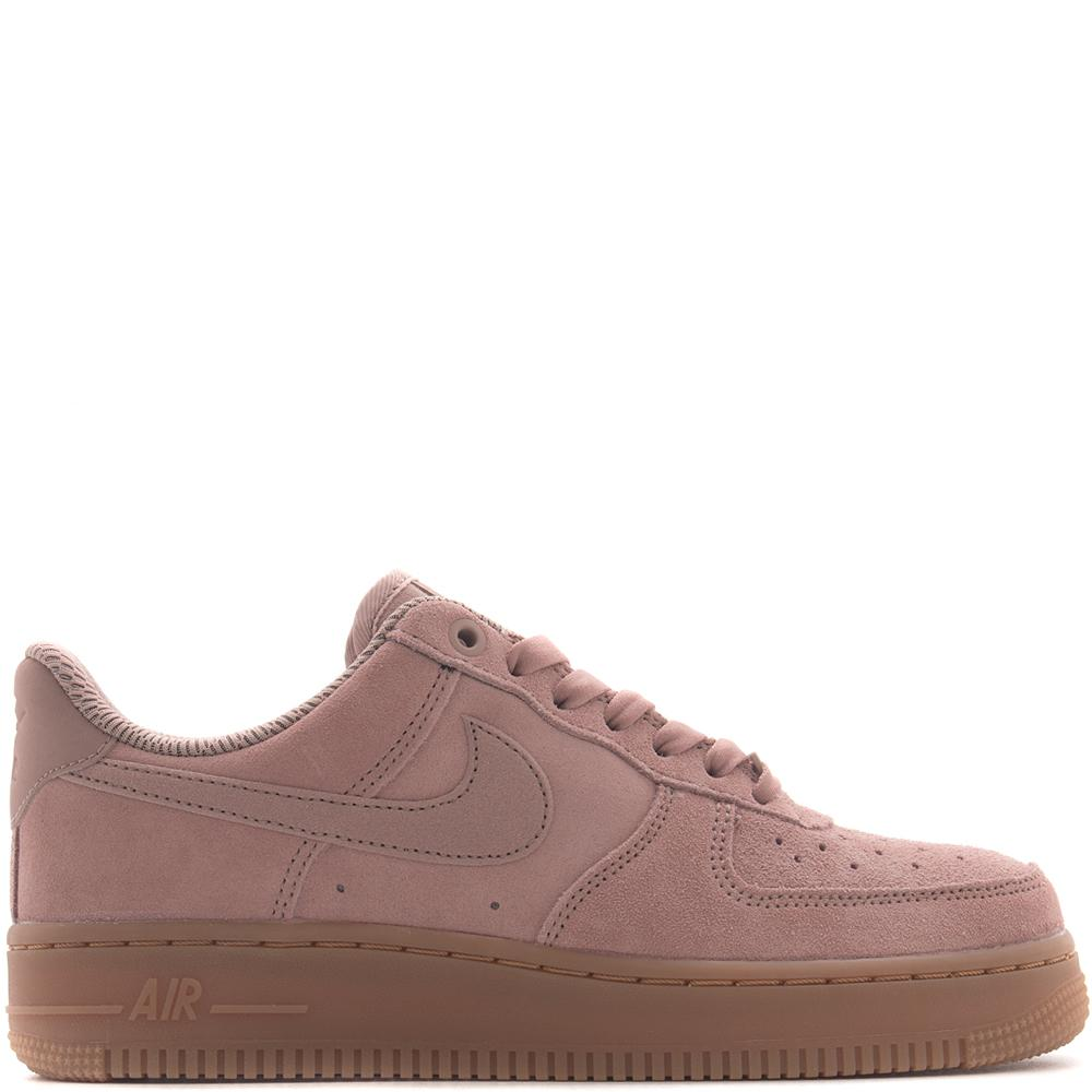 Style code AA0287600. NIKE WOMEN'S AIR FORCE 1 '07 SE / PARTICLE PINK