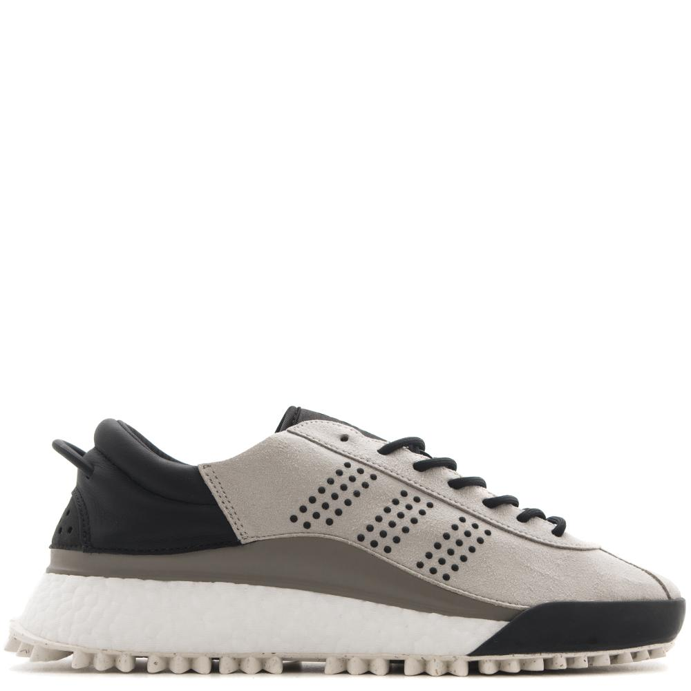 Style code AC6842. ADIDAS ORIGINALS BY ALEXANDER WANG HIKE LOW / GREY