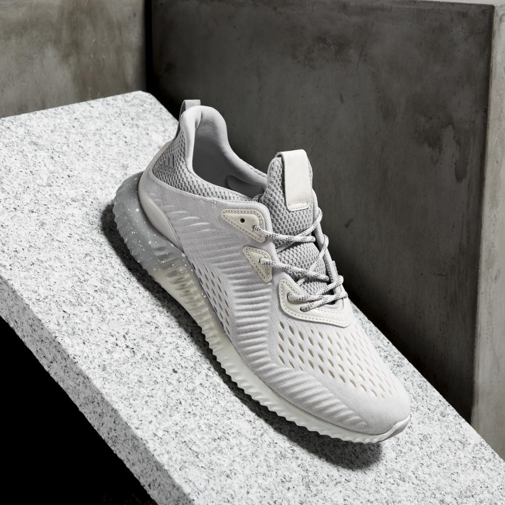 ADIDAS WOMEN'S ALPHABOUNCE 1 REIGNING CHAMP / WHITE