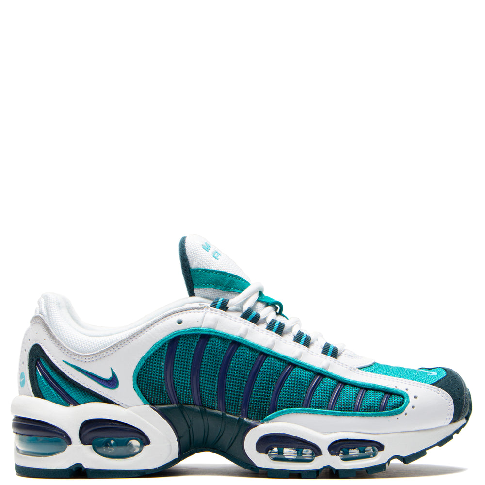 new products 012c6 4587a Nike Air Max Tailwind IV White / Regency Purple