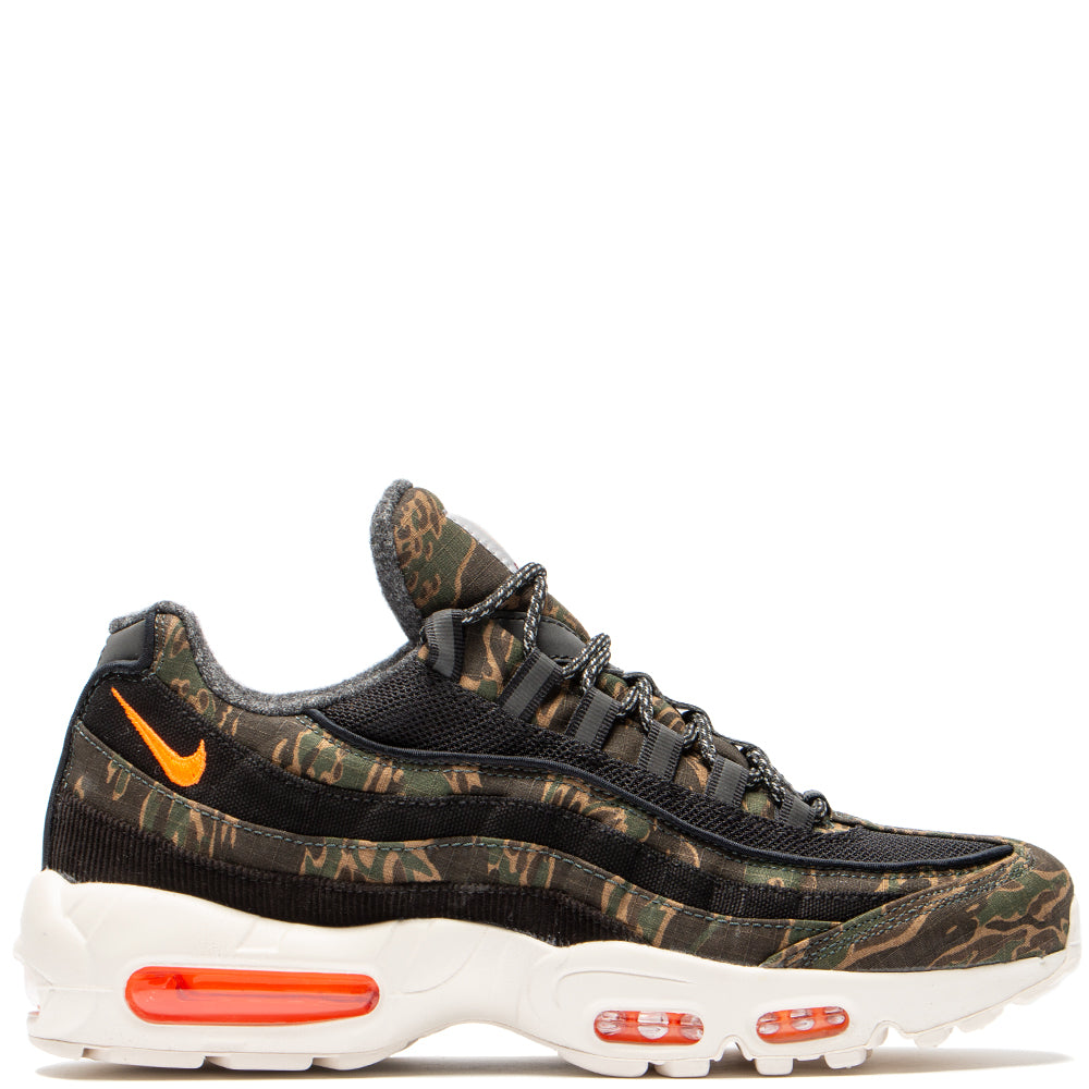 Style code AV3866-001. Nike x Carhartt WIP Air Max 95 Black / Total Orange