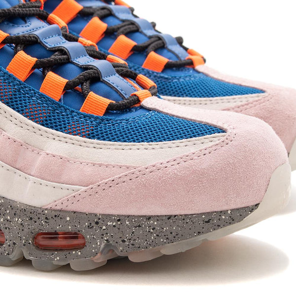 Style code AV7014-600. Nike Air Max 95 WE Champagne / Safety Orange