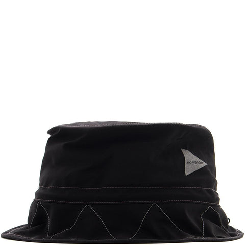 Style code AW81AA044BLK. AND WANDER 60/40 CLOTH HAT / BLACK