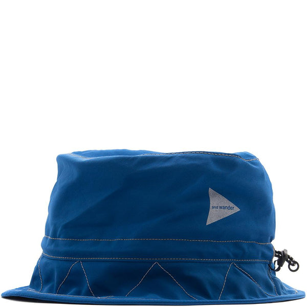 Style code AW81AA044BLU. AND WANDER 60/40 CLOTH HAT / BLUE