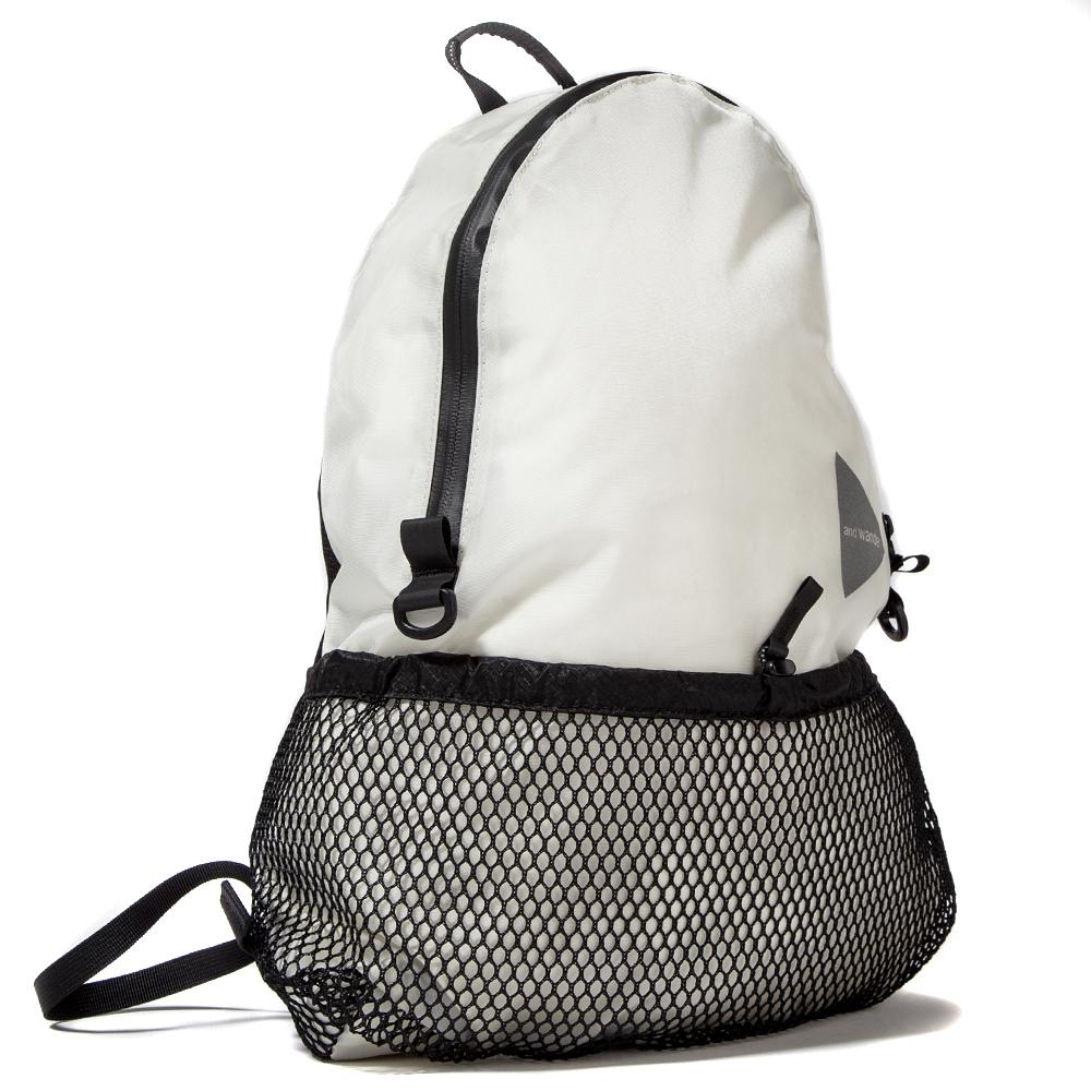 Style code AWAA990. AND WANDER 20L DAYPACK / WHITE